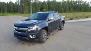 2017 Chevy Colorado LT, Short box,4wd,Heated Leather
