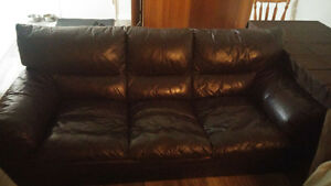 brown leather couch Kitchener / Waterloo Kitchener Area image 1
