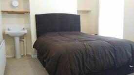 Room to rent Farnham street (Ormeau Rd)