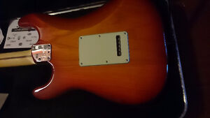Like New 2013 Ash Fender Strat Deluxe Aged Cherry Burst+OHSC+CoA London Ontario image 7