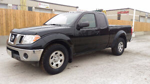 2011 Nissan Frontier 4 cyl 5 speed certified & etested