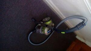 Windtunnel Air Bagless Canister - Hoover vacuum London Ontario image 4
