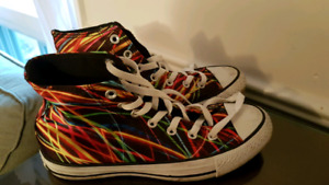 Converse Ladies Hightop shoes size 8