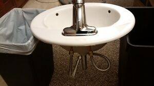 Sink with tap - like new - $25.00 Kingston Kingston Area image 3