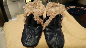 6-12 month Robeez boots