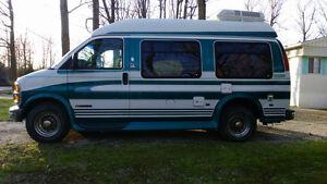 Chevrolet Coachmen 1997 modèle 2500 campeur $9500,00