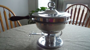 Beautiful Vintage Chafing Dish