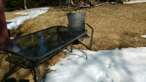 Patio set - Table + 6 chairs