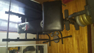 Selling weight bench and weights , best offer really Belleville Belleville Area image 1
