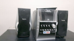 Panasonic CD Stereo System, Model #SA-PM31