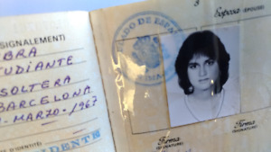 COOL! Real 1980s Spain Passport