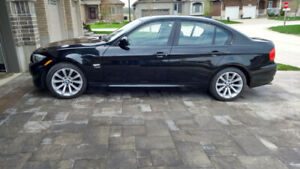 2011 BMW 3-Series 328iXDrive Executive Edition Sedan