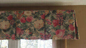 Floral Window Valance London Ontario image 1
