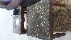 coffee table and 1 side table set ( fake granite) Cambridge Kitchener Area image 1