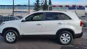 2012 KIA SORENTO LX ALL WHEEL DRIVE PREMIUM PACKAGE WINTER START