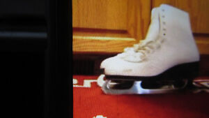 CCA figure skates white size 9 1st $25 takes them FIRM