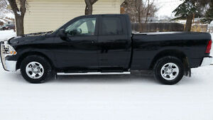 2012 Ram 1500 Quad Cab 4x4 Pickup Truck ONLY 61,000kms