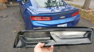 GM Dark Finish Tail Lamps  :: 2016-2018 Camaro SS or RS