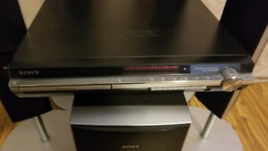 5-disc DVD player with surround sound