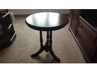 Mahogany Display table / coffee table