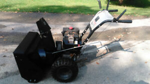 8hp / 27'' cut Craftsman Snowblower with Electric Start