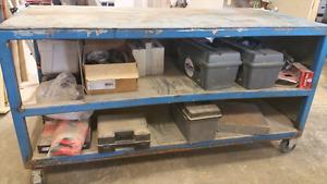 Table de travail industrielle en acier