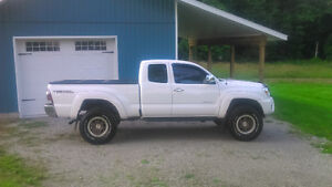 Tacoma TRD Truck For Sale - Also Tacoma TRD OffRoad Wheel set