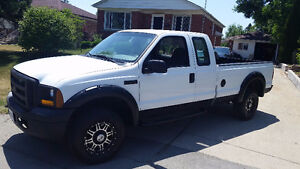 2006 Ford F-250, long box, low kms
