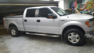 2011 Ford F150 XLT Supercrew REDUCED