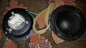 Volvo 7052 mid range   speakers