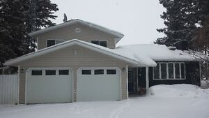 Acreage in Tranquil Marcurbow Park!