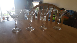 4 matching cocktail/martini glasses