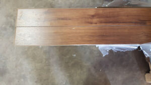 End lot of flooring 318 square feet