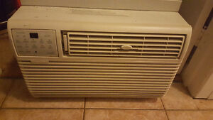 Aire climatiseure kenmore 6000 btu 60$$