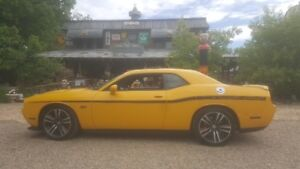 Challenger SRT8 392 Yellow Jacket 6.4-liter HEMI V8