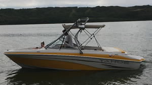 2007 Tahoe 21' runabout boat with tower