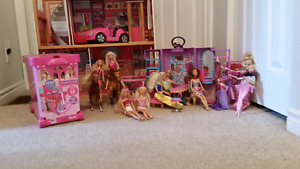 Doll house and Barbies for Sale