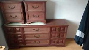 Table De Nuit Rouge Kijiji In Greater Montreal Buy Sell Save