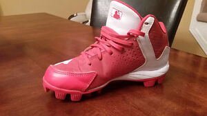Baseball cleats/ soulier a crampons