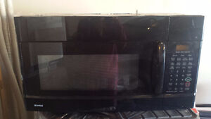 Kenmore  Black Over the range Microwave -perfect condition-