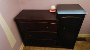 Nursery room furniture set (4 items)