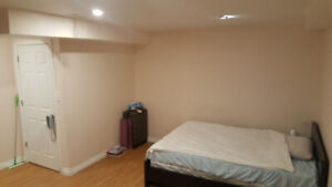 Room Rent(Women)$550-Niagara College NOTL (Large and clean room)