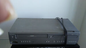 DVD & VHS Player  / CD Player