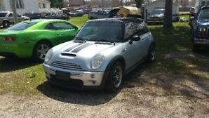 2004 MINI Mini Cooper S S Coupe (2 door)