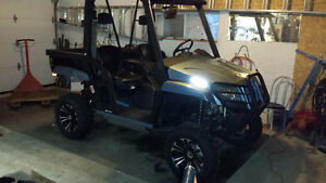 side by side Arctic Cat Prowler 700cc
