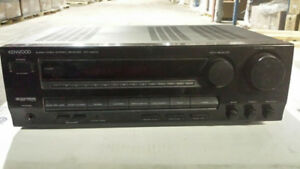 Kenwood KRV5570 Audio Video Receiver Excellent condition.