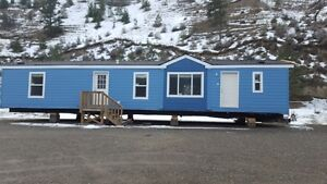 Custom built manufactured home ready to move now