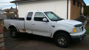2000 Ford F-150 7700 Heavy Half Ton ( For Sale Or Trade)