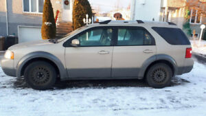 2007 Ford Freestyle for parts