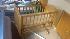 Baby wood Swinging Crib